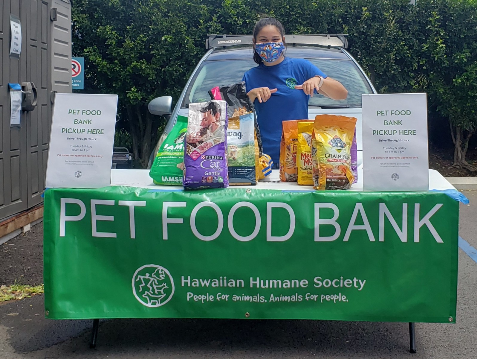 Anne-Pet-Food-Bank-1